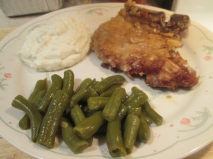 Breaded Pork Chops Creamy Mash Pot 001