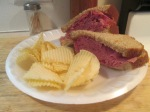 IZZY'S Light Cornbeef Sandwich 001