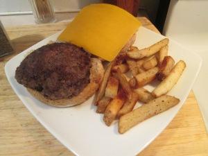 Bison Cheddar Burger 001