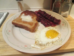 Breakfast eggs bacon toast 002