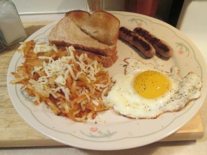 Egg Hash Browns Sausage Links 001