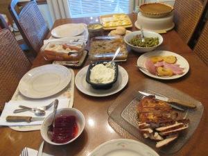 Thanksgiving Dinner 2013 003