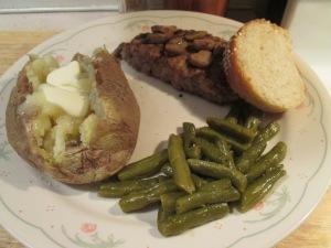 Cubed Steak Baked Potato 005