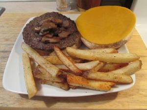 Colby Mushroom Buffalo Burger 002