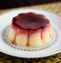 Dutch semolina pudding with a redcurrant sauce