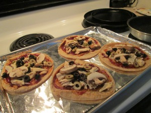 BBQ Chicken Pita Pizzas 005