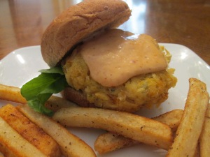 Crab Cake Sliders Fries 014