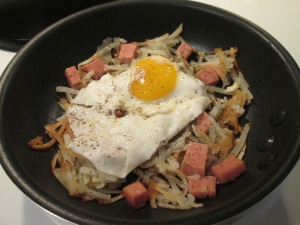 Spam Hash Browns Eggs Skillet 004