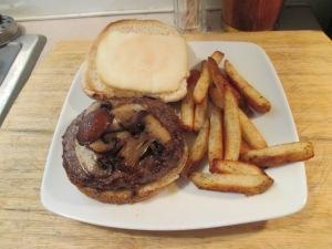 13 lb Buffalo Burger Smoke Mozz 002