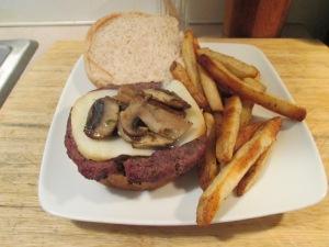 Grilled Mozz Mushroom Buffalo Burger 006