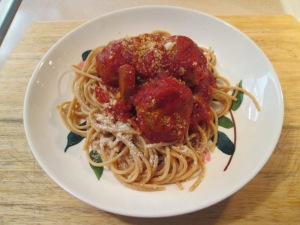 Spaghetti and Turkey Meatballs 004