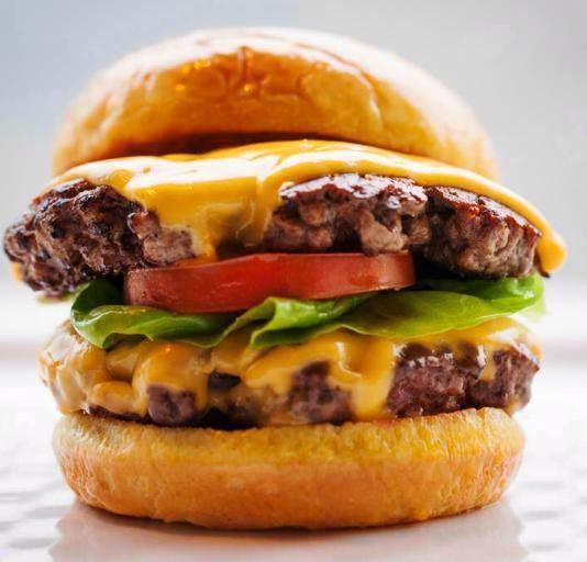 davaoburgers.com