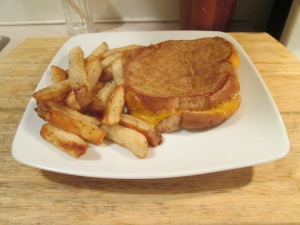 Grilled Cheese and Baked Fries 003