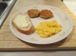 Salmon Patties Mac and Cheese007