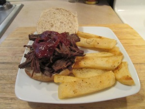 Buffalo Short Rib Sandwich Steak Fries 005