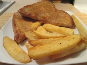 Grilled Cheese and Fries 007