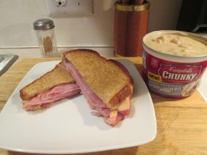 Grilled Ham and Cheese Potato Soup 001