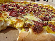 Pastrami pizza
