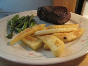 Buffalo 10 oz. New York Strip Steak w Baked Steak Fries and Skil 010