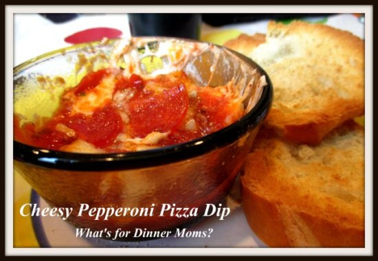 Cheesy Pepperoni Pizza Dip (plated)