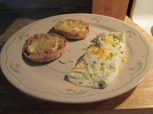 Egg White Cheese Omelet English Muffin 002