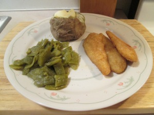 Lightly Breaded Chicken Strips w Roma Beans and Baked Potato 010