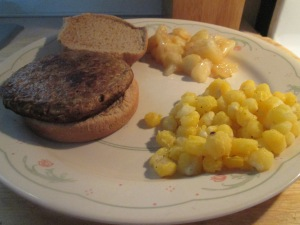 Quorn Meatless Gourmet Burger w Golden Hominy and Harvest Apples 005