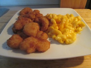 Popcorn Shrimp w Mac and Cheese 008