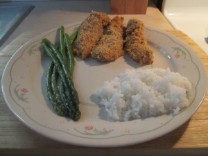 Spicy Baked Buttermilk Chicken Tenders w White Rice and Asparagu 013