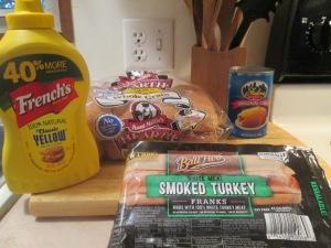 Turkey Frank Cincinnati Style Cheese Coneys w Baked Crinkle Frie 001