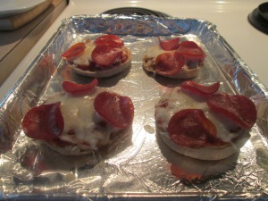English Muffin Pizzas 007