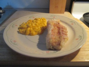 Fried Ocean Perch w Mac & Cheese 009