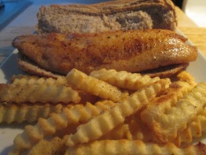 Blackened Tilapia Sandwich w Baked Fries 008