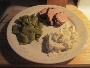 Cumin Spiced Pork Tenderloin w Mashed Potatoes and Italian Cut G 003
