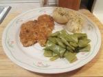 Pan Fried Flounder w Cut Italian Green Beans and Whole New Potat010