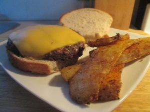 Buffalo Cheese Burger w Baked Garlic Parmesan Potato Wedges 010