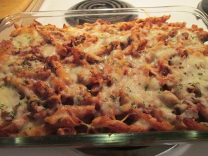 Cheesy Stuffed Turkey Sausage Pasta Bake w Baked French Bread 012