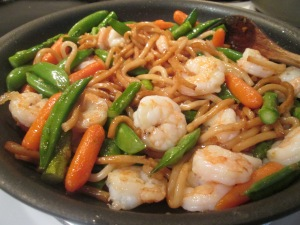 Stir-Fry Shrimp with Udon Noodles 005