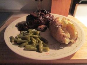 Buffalo 10 oz. New York Strip Steak w Baked Potato and Cut Green 003