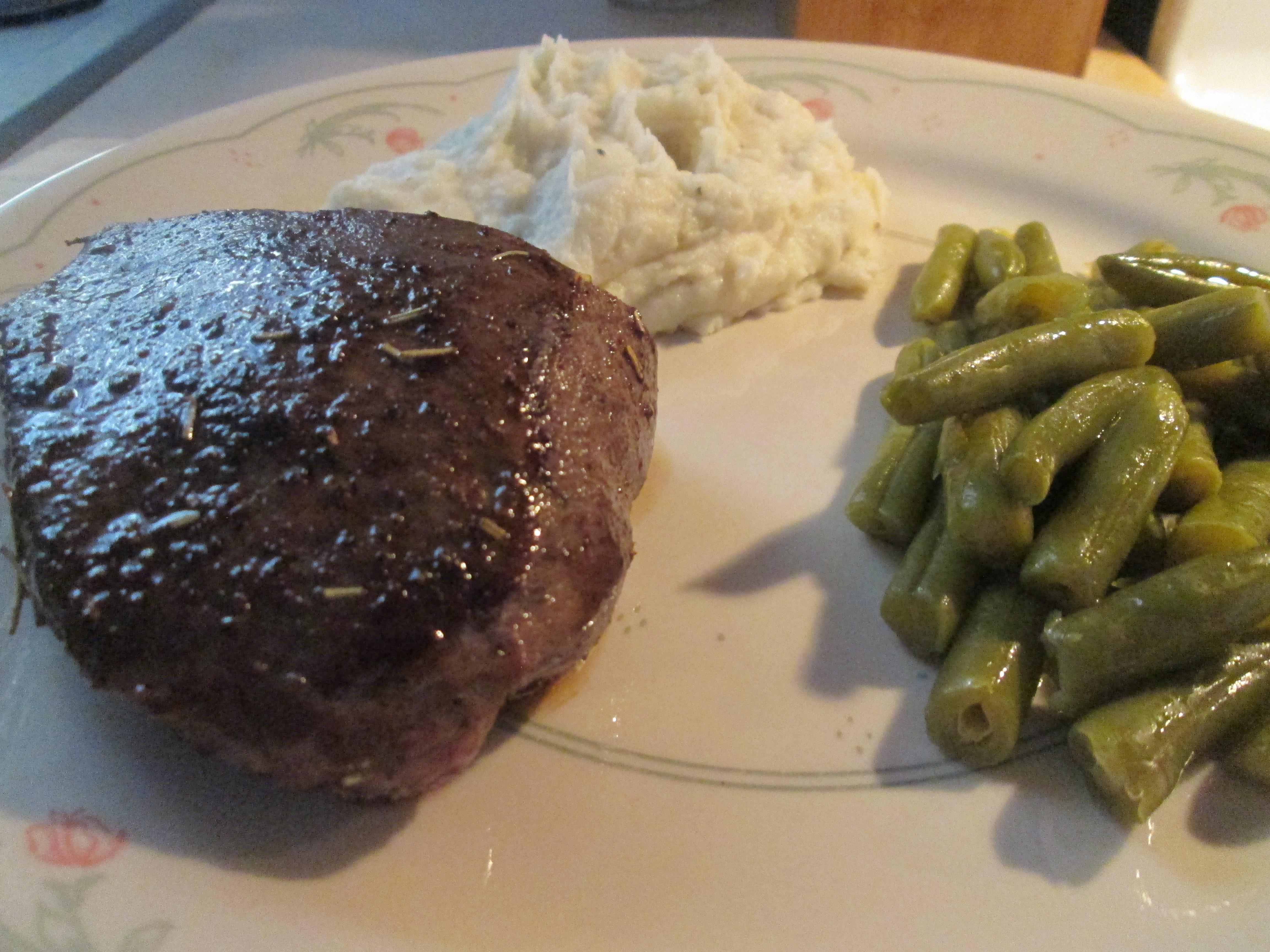 Buffalo Sirloin Steak W Mashed Potatoes And Cut Green Beans My