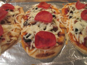 Mini Flatbread Pepperoni and Sausage Pizza 009