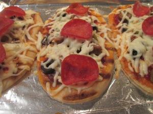 Mini Flatbread Pepperoni and Sausage Pizza 009