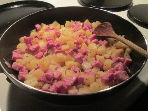 Potato and Ham Skillet