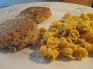 Salmon Patties w Velveeta Whole Grain Rotini and Cheese 005