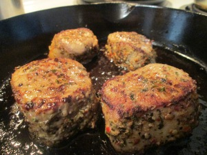 Tuscan Seasoned Pork Medallions w Cut Italian Beans, Whole Potat 002