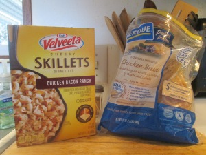 Skillet Chicken Bacon Ranch Dinner w Baked Italian Loaf Bread 003