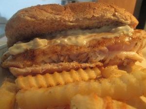 Blackened Grouper Sandwich w Baked Crinkle Fries 010