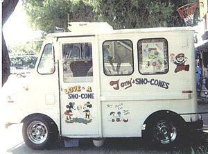 Snow cone vending truck in Arizona