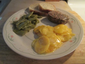 Tuscan Seasoned Pork Medallions w Cut Italian Beans and Loaded B 009