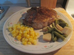 Cumin Spiced Pork Chop w Golden Hominy and Cut Green Beans and P 007